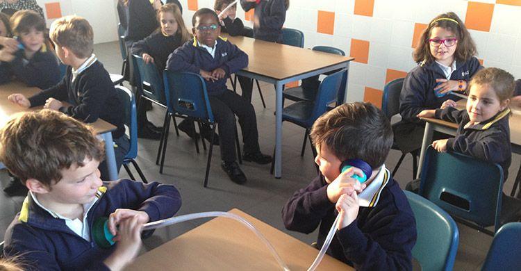 Proyecto-Ciencias-e-Inglés-'A-Stethoscope'-1º-de-Primaria-2018